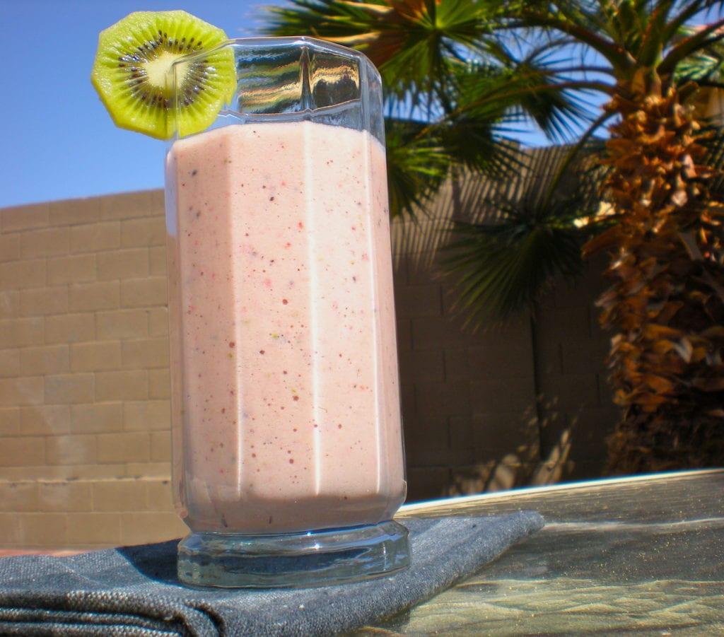 Strawberry Kiwifruit Smoothie